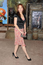 Amy Yasbeck @ The ''Rango'' Los Angeles Premiere - Feb.14, 2011 (19HQ)