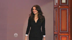 Rachel Weisz - Jay Leno - July 19, 2012   810p  mp4  caps  Legs!