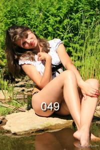 th_877613393_049_123_173lo.jpg
