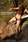 http://img297.imagevenue.com/loc198/th_35317_det_april001_riverbank2_123_198lo.jpg