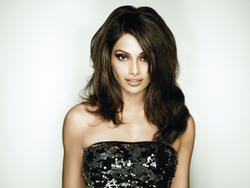 Bipasha Basu - Unknown Photoshoot - x1 HQ