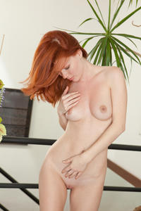 [Image: th_656636875_Mia_Sollis_sexart_devoted_1_122_444lo.jpg]
