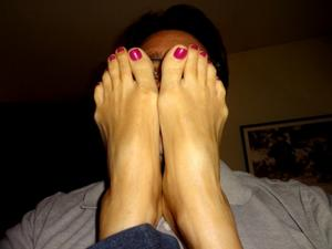 Model #2. http://www.wusfeetlinks.com/ubbcgi/ultimatebb.cgi?ubb=get_topic&a