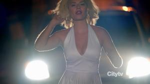 Elisha Cuthbert @ Happy Endings s02e05 hdtv720p (USA/2011) [huge cleavage]