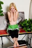Kennedy Kressler - Footfetish 4e6eqp2myij.jpg