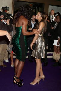 Serena Williams @ Pre-Wimbledon Party In Tight Green Dress - 2011