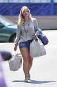 Elisha Cuthbert Shopping in Los Angeles, July 31, 2012
