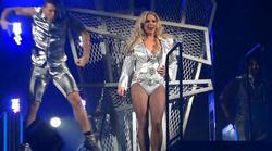 http://img297.imagevenue.com/loc578/th_835068408_Britney_Spears_Live_In_SPB.avi_20130529_172500.984_123_578lo.jpg